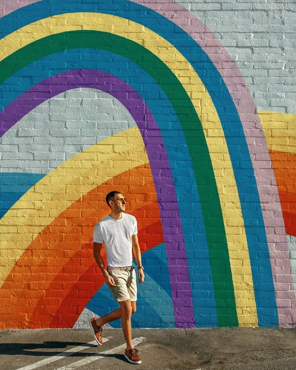 Thumb freddy rodriguez at venice california rainbow wall